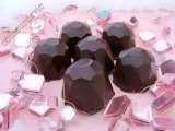 chocolats fourr s la ganache framboise recette ptitchef. Black Bedroom Furniture Sets. Home Design Ideas
