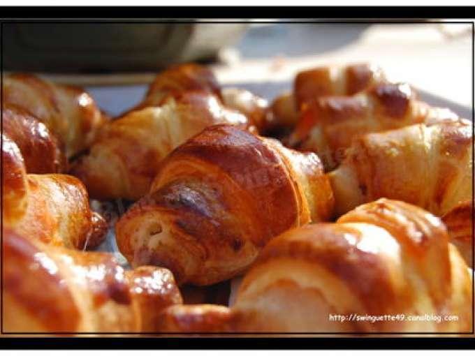 Mini croissants ap ritif recette ptitchef - Dessert pour apero dinatoire ...