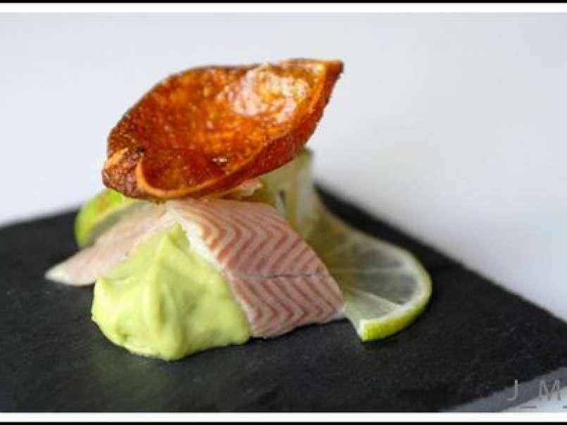 Anguille fumée et purée d?avocat au citron vert, en amuse-bouche, photo 2