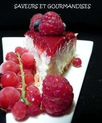 Bavarois au miroir de framboises et fruits rouges for Miroir framboise