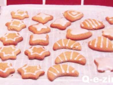 Biscuits Pain D Epice De Noel Recette Ptitchef