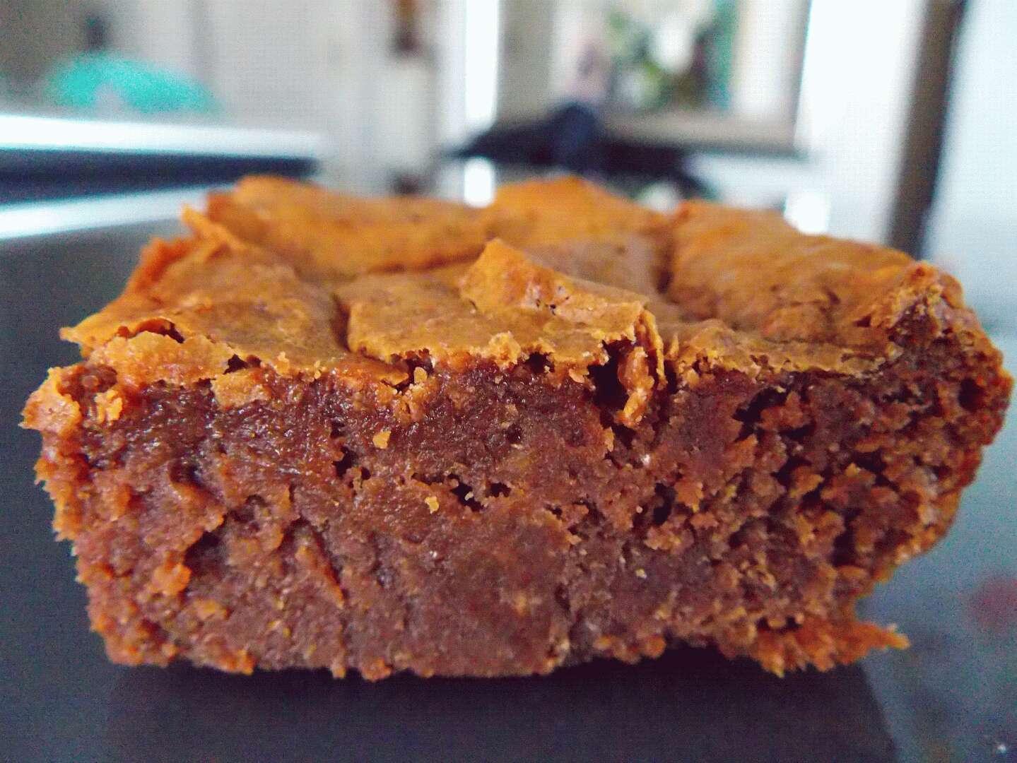 brownie au chocolat sans beurre sans gras recette ptitchef. Black Bedroom Furniture Sets. Home Design Ideas