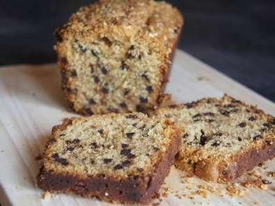cake aux noisettes et p pites de chocolat noir recette. Black Bedroom Furniture Sets. Home Design Ideas