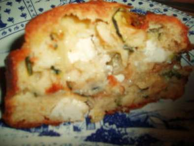 cake courgettes poivron feta recette ptitchef. Black Bedroom Furniture Sets. Home Design Ideas