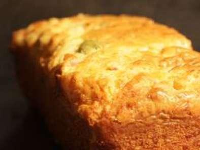 cake moelleux jambon olives vertes recette ptitchef. Black Bedroom Furniture Sets. Home Design Ideas