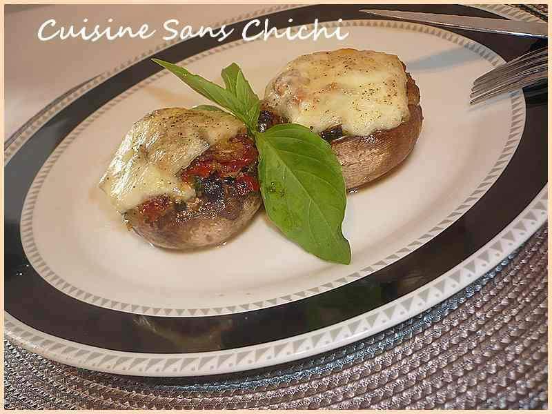 champignons de paris farcis mozzarella basilic tomates s ch es recette ptitchef. Black Bedroom Furniture Sets. Home Design Ideas