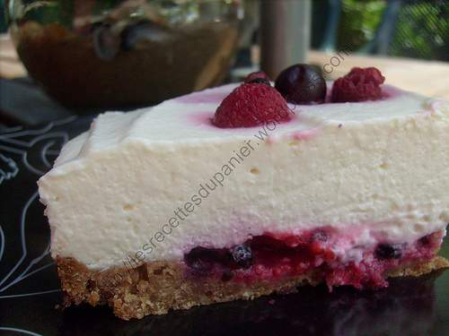 cheesecake aux fruits rouges berry cheesecake recette ptitchef. Black Bedroom Furniture Sets. Home Design Ideas