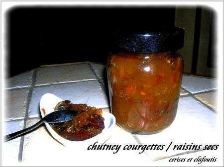 chutney de courgettes aux raisins secs recette ptitchef. Black Bedroom Furniture Sets. Home Design Ideas