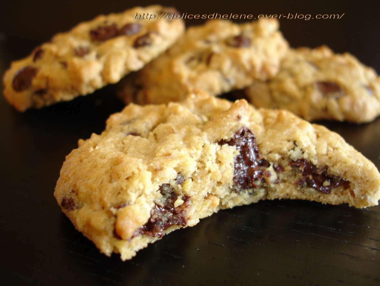 cookies aux flocons d 39 avoine et beurre de cacahuetes recette ptitchef. Black Bedroom Furniture Sets. Home Design Ideas