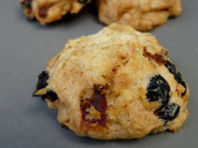 cookies sal s tomates s ch es olives et pignons recette. Black Bedroom Furniture Sets. Home Design Ideas