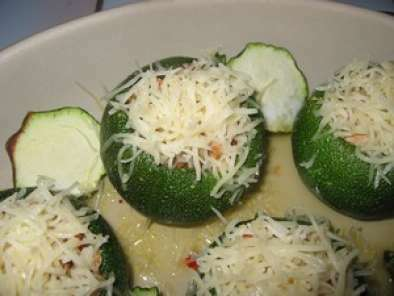 Courgettes rondes farcies aux petits légumes (m), Recette ...