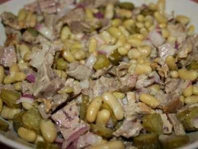 cuisiner les restes 2 salade de gigot d 39 agneau aux flageolets recette ptitchef. Black Bedroom Furniture Sets. Home Design Ideas
