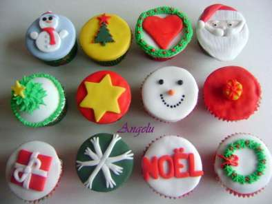 cupcakes de no l christmas cupcakes recette ptitchef. Black Bedroom Furniture Sets. Home Design Ideas