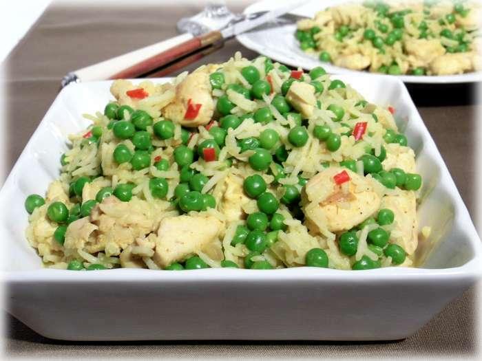 Curry de poulet au lait de coco et petit pois recette ptitchef - Poulet au curry et lait de coco ...