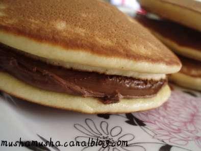 Dorayaki Ou Pancake Japonais Au Nutella Recette Ptitchef