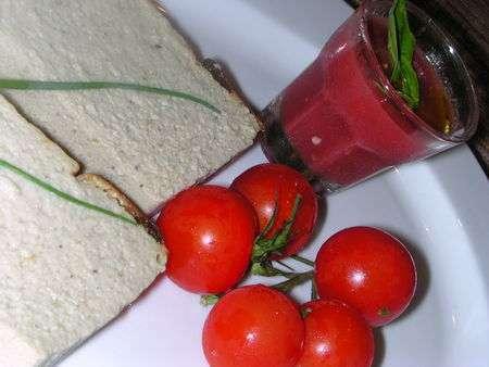 flan d 39 aubergines et son coulis de tomates fraiches recette ptitchef. Black Bedroom Furniture Sets. Home Design Ideas