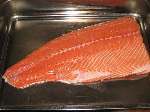 gravlax salmon recipe la recette du saumon gravlax. Black Bedroom Furniture Sets. Home Design Ideas