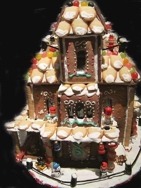 hansel gretel gingerbread house maison en pain d 39 pices. Black Bedroom Furniture Sets. Home Design Ideas