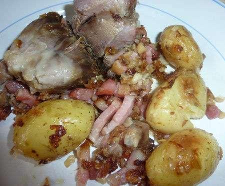 jarret de porc aux petites pommes de terre primeur recette ptitchef. Black Bedroom Furniture Sets. Home Design Ideas