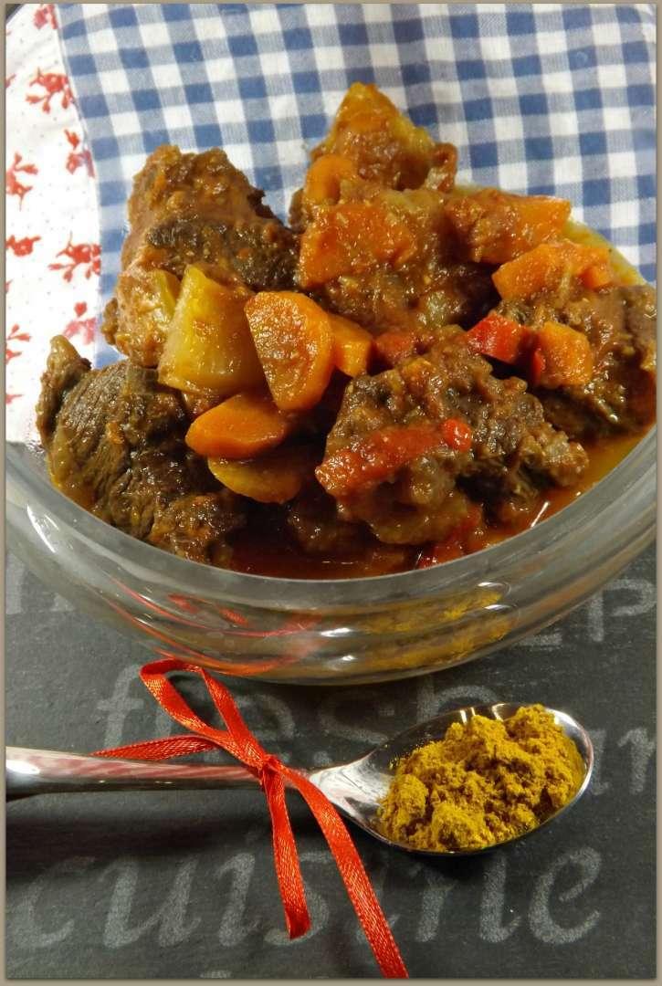 Joue de boeuf au curry et ses l gumes au cook o recette ptitchef - Recette joue de boeuf au four ...