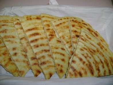 Khobz ftir ou kesra alg rienne recette ptitchef for Notre cuisine algerienne