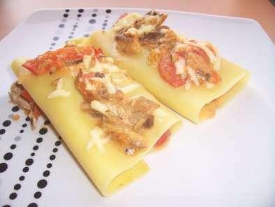 lasagnes roul es la sardine et la tomate recette ptitchef. Black Bedroom Furniture Sets. Home Design Ideas