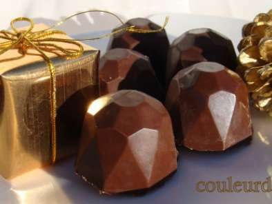 Chocolats au lait fourrés ganache vanillée aux marrons glacés, Photo 3
