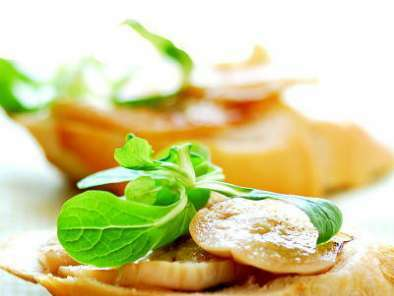 Aubergines blanches marinées au gingembre