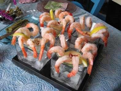 Cocktail de crevettes recette ptitchef - Comment presenter des crevettes en entree ...
