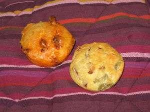mini cakes sal s olive jambon emmental et chorizo emmental recette ptitchef. Black Bedroom Furniture Sets. Home Design Ideas