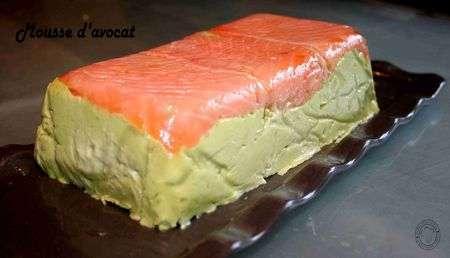 mousse d 39 avocat au saumon et surimi chantilly au saumon recette ptitchef. Black Bedroom Furniture Sets. Home Design Ideas