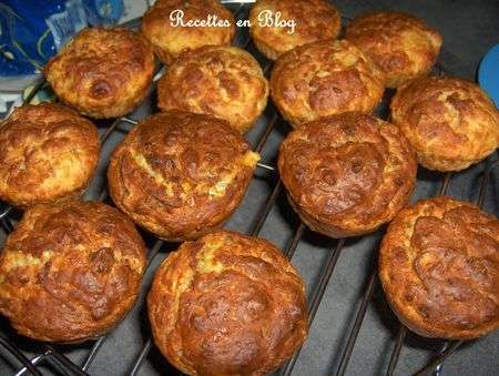 muffins aux courgettes thon et cantal recette ptitchef. Black Bedroom Furniture Sets. Home Design Ideas