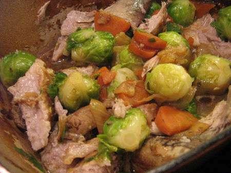 Palette de porc confite la bi re recette ptitchef - Cuisiner la palette de porc ...