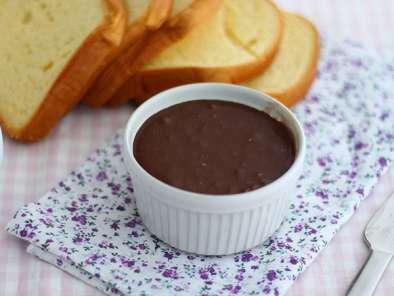 p te tartiner aux noisettes du nutella maison recette ptitchef. Black Bedroom Furniture Sets. Home Design Ideas