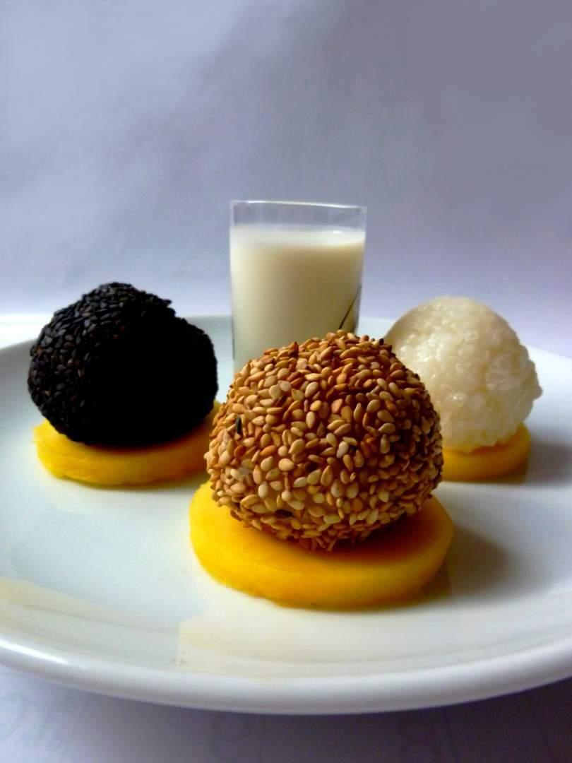 Perles de riz gluant la mangue lait de coco recette ptitchef - Riz lait de coco ...