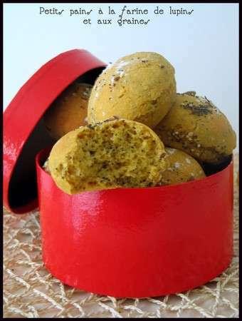 petits pains la farine de lupin et aux graines recette ptitchef. Black Bedroom Furniture Sets. Home Design Ideas