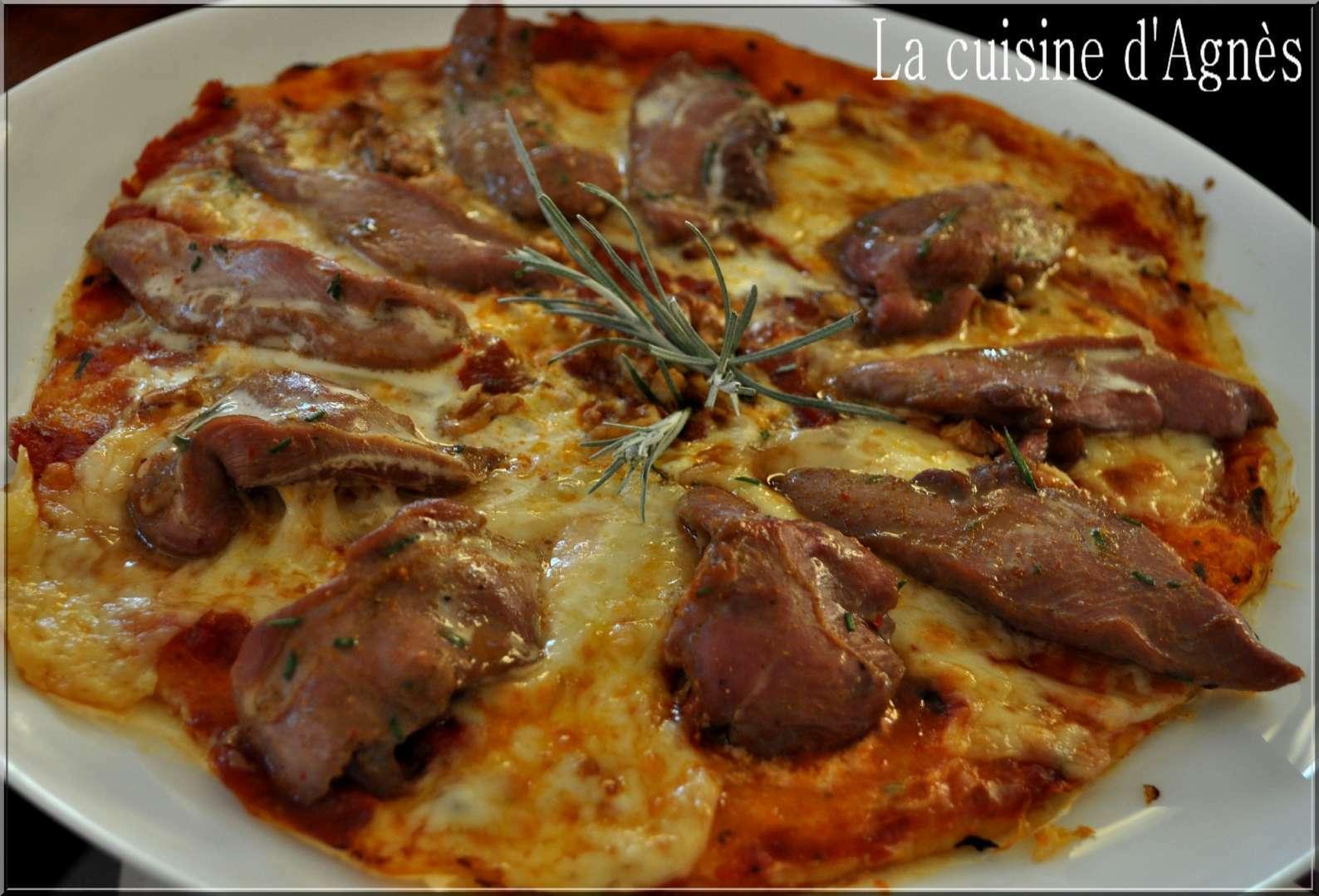 Pizza Aux Aiguillettes De Canard Recette Ptitchef