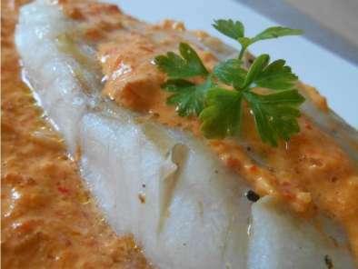 poisson sauce chorizo poivron rouge recette ptitchef. Black Bedroom Furniture Sets. Home Design Ideas