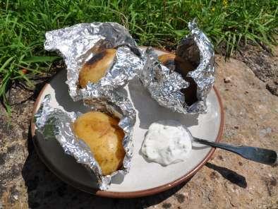 Pomme de terre au barbecue recette ptitchef - Accompagnement barbecue pomme terre ...