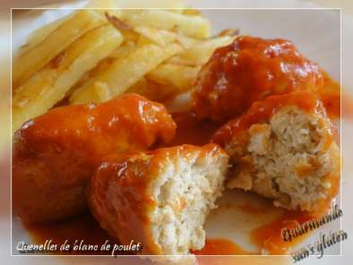 quenelles de blanc de poulet sauce tomate au paprika recette ptitchef. Black Bedroom Furniture Sets. Home Design Ideas