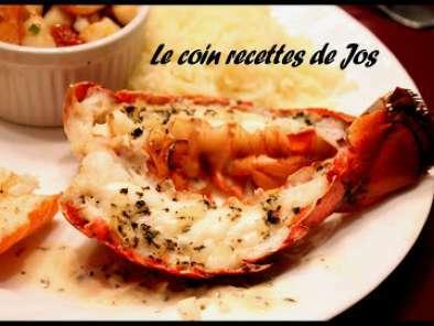 Queues de homard grill es au beurre blanc basilic et citron recette ptitchef - Accompagnement homard grille ...