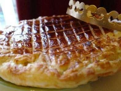 Recette facile de la galette des rois aux amandes frangipane recette ptitchef - Recette facile galette des rois ...