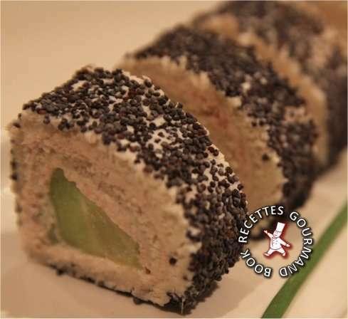 roul s de pain de mie concombre thon chavroux fa on maki recette ptitchef. Black Bedroom Furniture Sets. Home Design Ideas