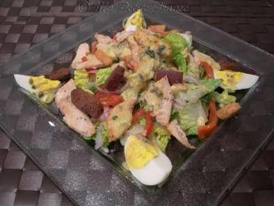 Salade c sar au poulet recette ptitchef - Recette salade cesar au poulet grille ...