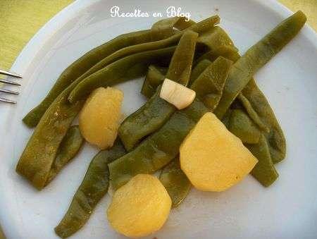 salade de haricots plats ailles aux pommes de terre recette ptitchef. Black Bedroom Furniture Sets. Home Design Ideas