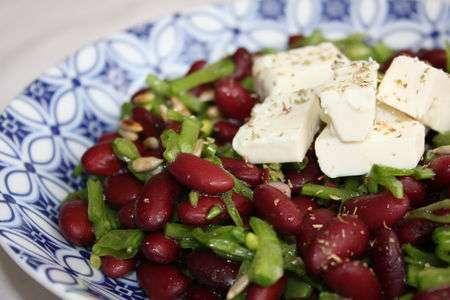 salade de haricots rouges pois gourmands et feta recette ptitchef. Black Bedroom Furniture Sets. Home Design Ideas