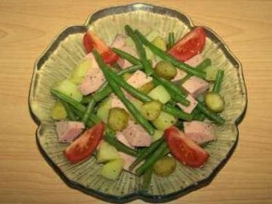 salade de haricots verts et pommes de terre au cervelas recette ptitchef. Black Bedroom Furniture Sets. Home Design Ideas