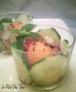 salade de melon concombre et jambon cru en verrine recette ptitchef. Black Bedroom Furniture Sets. Home Design Ideas