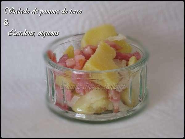 salade de pomme de terre aux lardons et oignons recette ptitchef. Black Bedroom Furniture Sets. Home Design Ideas