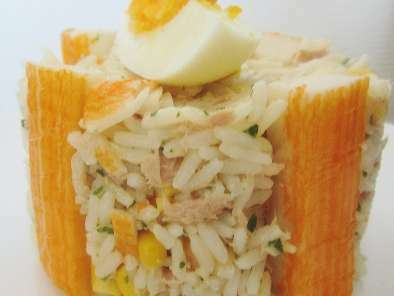 salade de riz au thon recette ptitchef. Black Bedroom Furniture Sets. Home Design Ideas